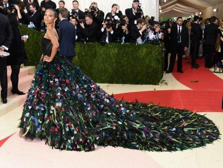 Zoe Saldana in Dolce & Gabbana